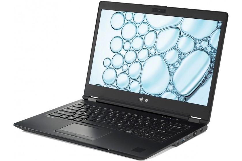Мастера ремонтируют ноутбук Fujitsu в сервисном центре Алматы